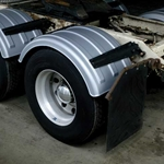 "Minimizer 150 Series Poly Truck Fender Kit for 22.5"" and 24.5"" Wheels"